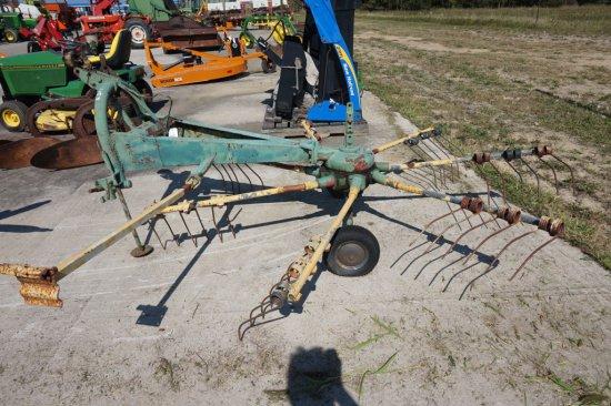 Kuhn GA-280-P hay tedder
