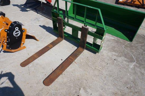 Frontier pallet fork set