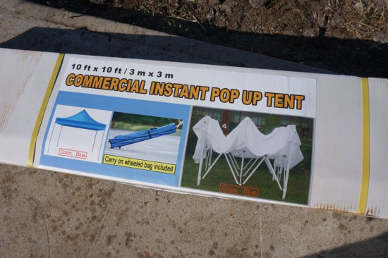 NEW / UNUSED Commercial Instant Pop-Up tent, 10'x10'