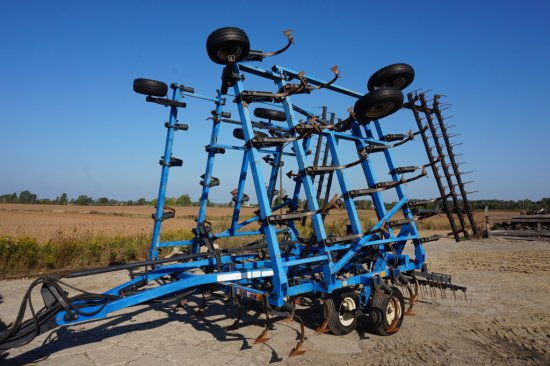 1995 DMI 30ft Field Cultivator