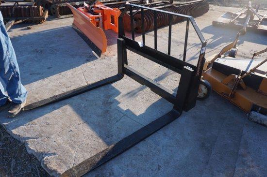 "UNUSED Tomahawk pallet fork set, 48"", 2,800 lb. capacity, quick tach melroe hook up"