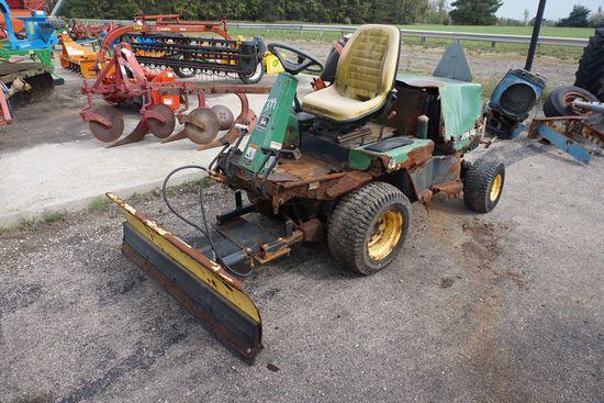 John Deere F1145 diesel lawn tractor