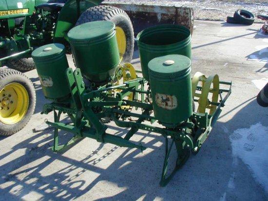 John Deere 2 Row Planter