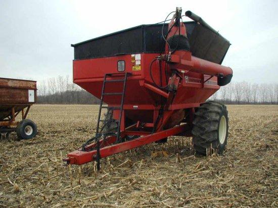 United Tool 725 Grain Cart;