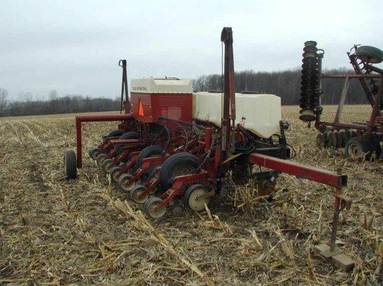 Case Ih 800 Cyclo Planter;