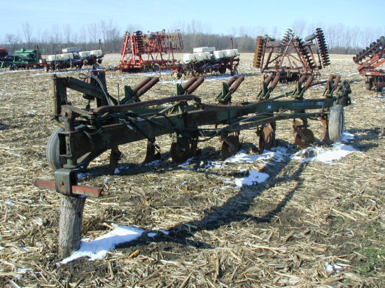"""Oliver 548 Sar 6 X 18"""" Bottoms, On Land Hitch"""