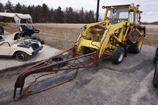 Ford 4500 Loader Tractor