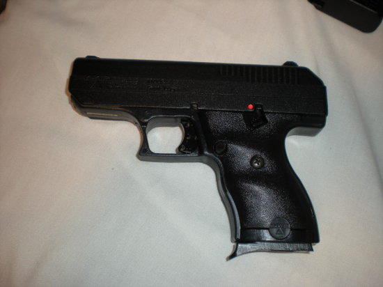 HI POINT ARMS 9MM LUGER MODEL C9 SER P1252759