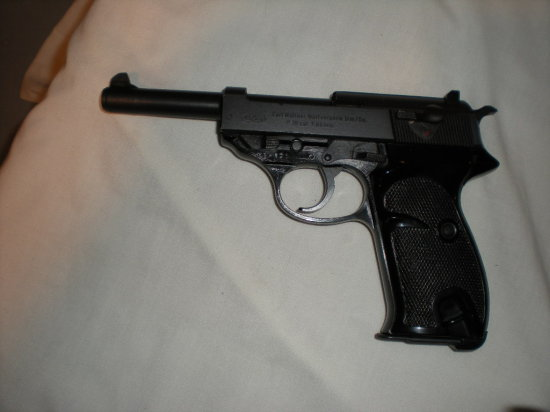 CARL WALTHER P38 7.65 MM SER 394871