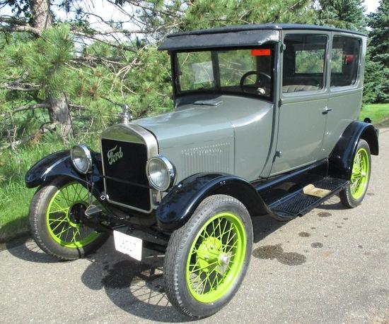 1927 Model T 2 Door Sedan Completely Restored Excellent Condition Runs Weak Spark