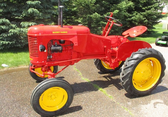 Massy Harris Pony Excellent Paint & Rubber Great Running Tractor