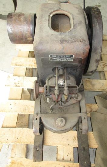 IH Stationary Engine 1.5-2.5 HP LBA 136852 Engine Loose