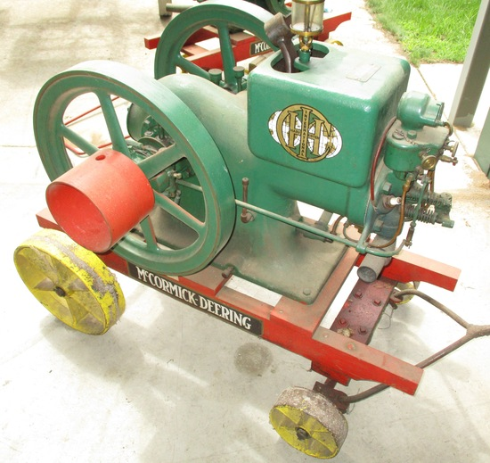 IH McCormick Deering 3 HP Staionary Engine On Steel Wheel Cart Engine Loose