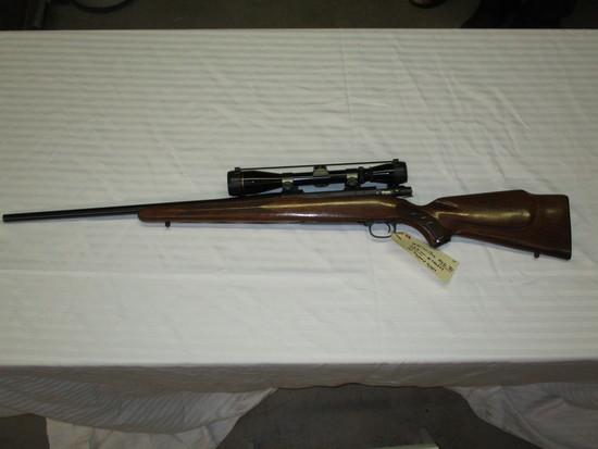 Winchester model 70 225 Win w/Leupold scope ser. 740397