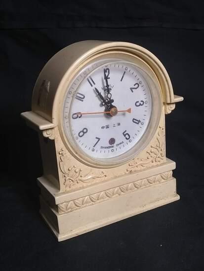 Antique Bakelite Miniature Thumb Wind Clock Shanghai China