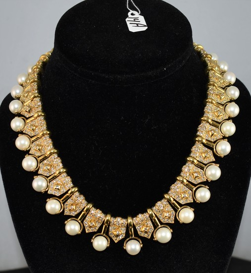 ABSOLUTLY SPECTACULAR 18K PEARL & DIAMOND NECKLACE