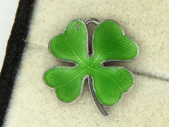 .925 Sterling Silver Ladies Shamrock Charm/pendant