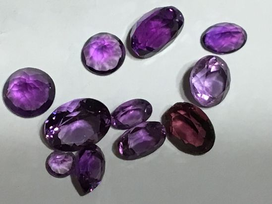 (10) Gemstones
