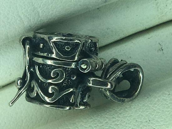 .925 Sterling Silver Ladies Heart Locket