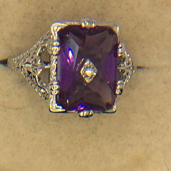 .925 Sterling Silver Ladies Filigree 3 Carat Amethyst Ring