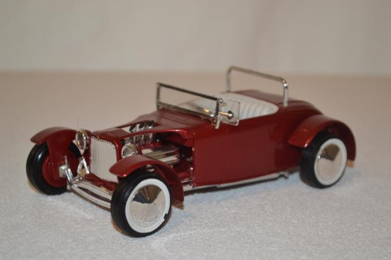Lindberg Metalic Roadster, 1-25 scale