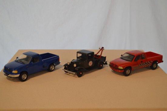 3 Lindberg Model Trucks, 1-25 scale