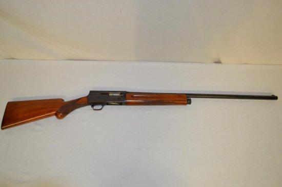 Gun. Browning Belgium Model A5 16 ga Shotgun