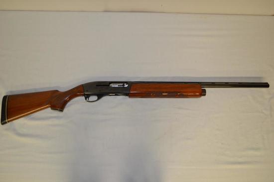 Gun. Remington Model 1100 20ga Shotgun