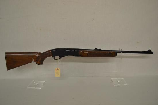 Gun. Remington Model 742 Delux 30 06 cal. Rifle