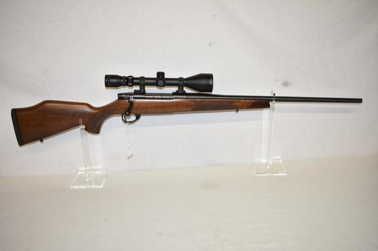 Gun. Weatherby Vanguard 300 WBY cal Rifle