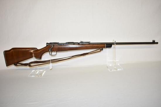 Gun. Japanese Arisaka Sporter Type 99 7.7 mm Rifle