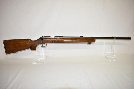 Gun. Winchester Model 52B Target 22lr cal. Rifle