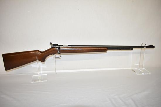 Gun. Winchester Model 72 22 cal. Rifle