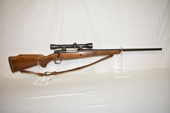Gun. Winchester Model 70 7mm mag cal Rifle