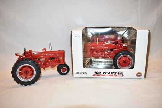 Two ERTL Farmall Tractor 1/16 Toys