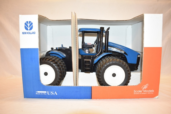 ERTL New Holland TJ375 1/16 Scale Tractor Toy