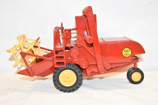 Massey Harris Chipper 1/16 Scale Combine Toy