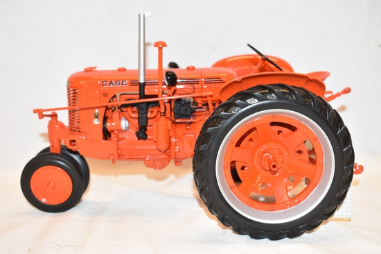 CASE SC 1/16 Scale Tractor Toy