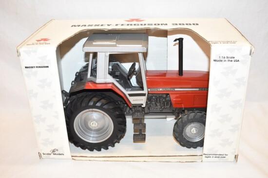 ERTL Massey Ferguson 3660 Tractor Toy 1/16 Scale