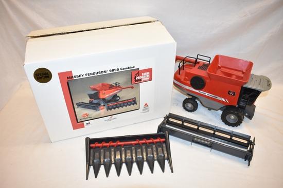 ERTL Massey Ferguson 1/24 Scale Combine Toy