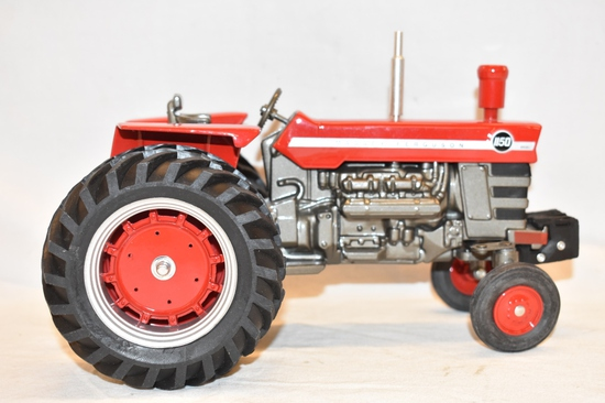 ERTL Massey Ferguson 1/16 Scale Tractor Toy