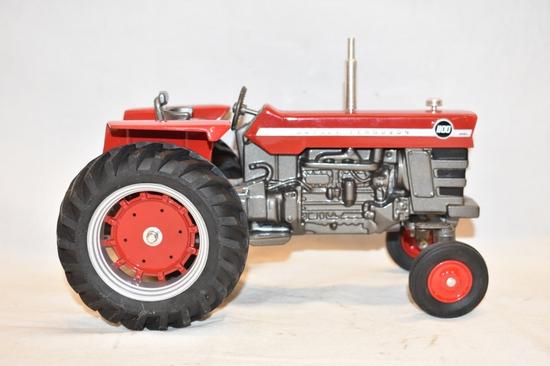 Massey Ferguson 1/16 Scale Tractor Toy