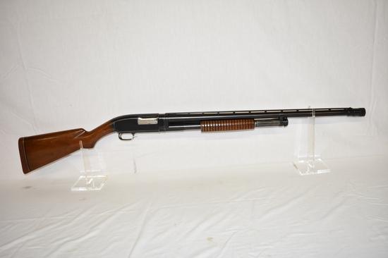 Gun. Winchester Model 12 12 ga Shotgun