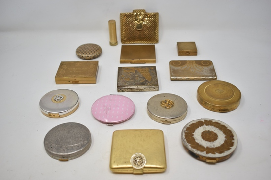 Thirteen Vintage Ladies Vanity Compacts