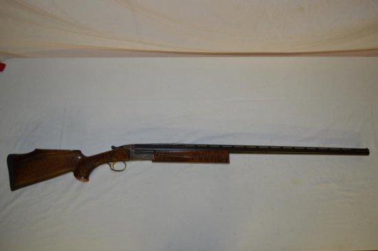 Gun. Ithaca Century Trap 12ga Shotgun