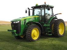 2014 John Deere 8235R