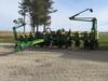 2002 John Deere 1760 planter