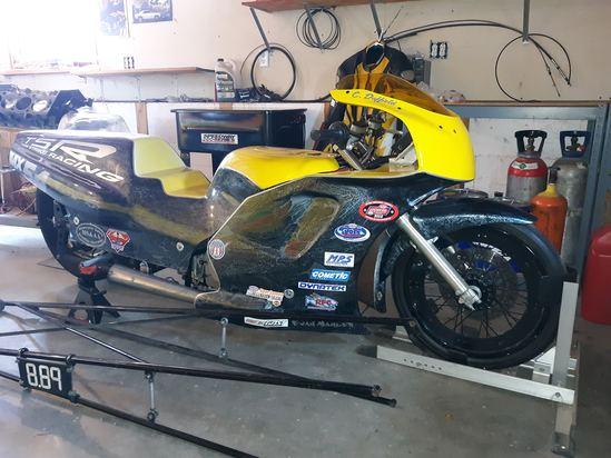 Suzuki Drag Bike