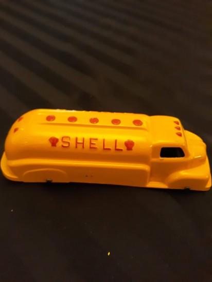 Shell Tootsie Toy