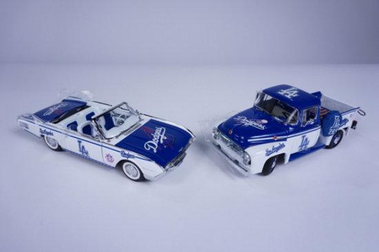 Los Angeles Dodgers Team Car A Auctions Online Proxibid
